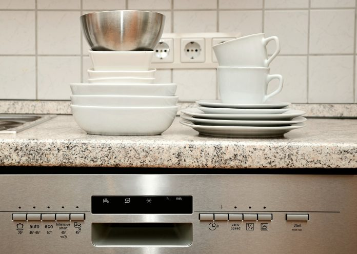 KDTE254ESS Kitchen Aid Dishwasher Review 2020 - Dishwasher ...